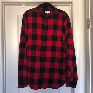 GAP plaid button down shirt size L
